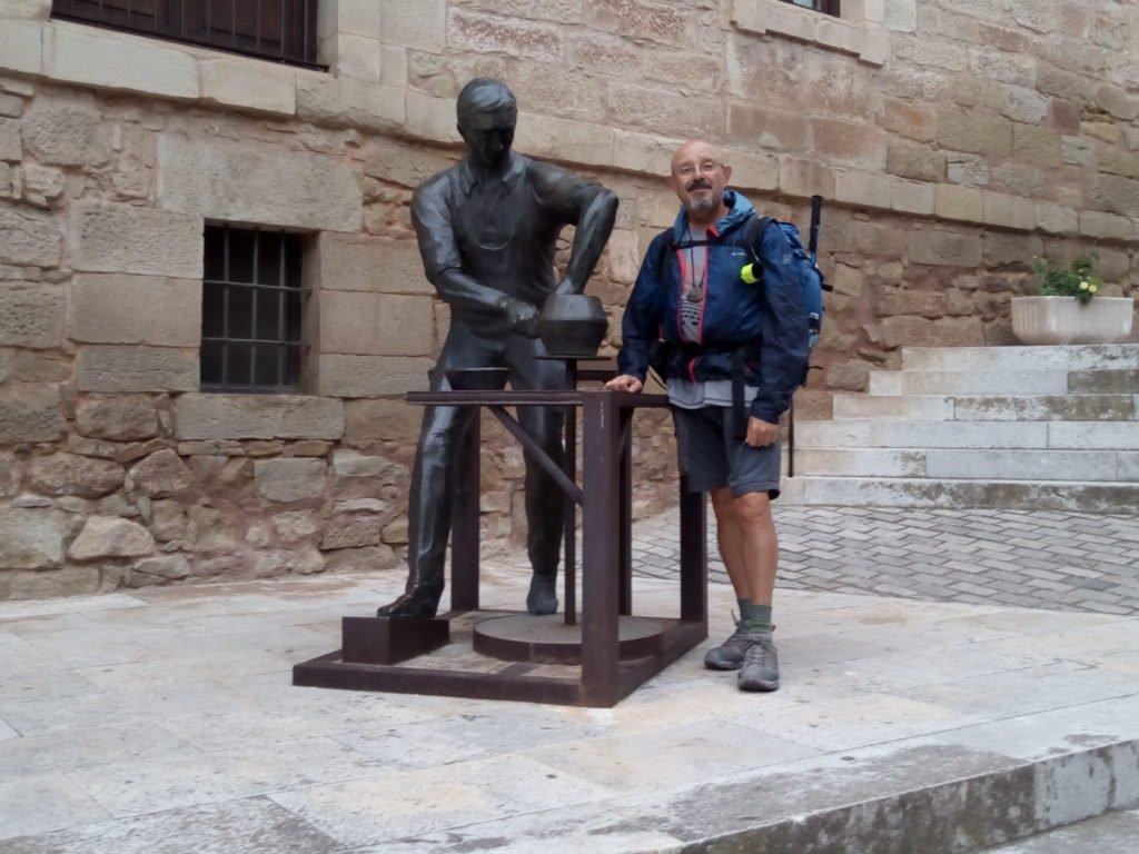 Escultura homenaje al alfarero. Navarrete.