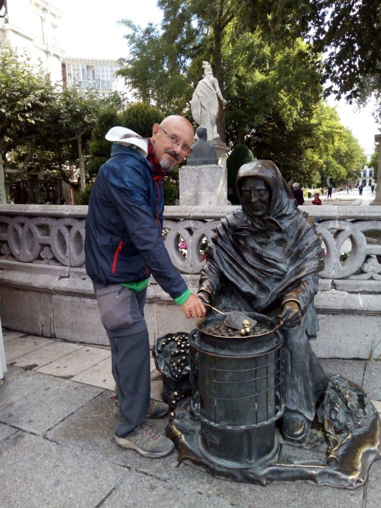 La escultura de La Castañera. Del burgalés Bruno Cuevas