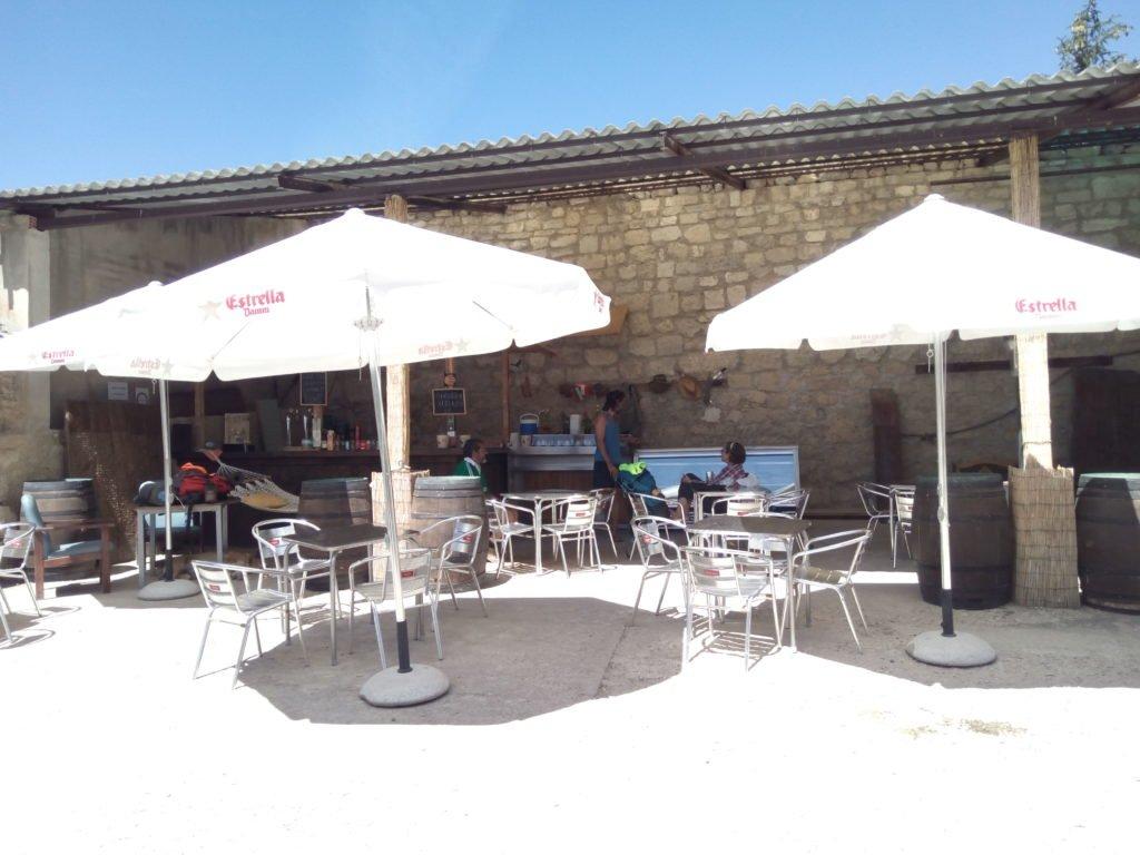 Bar junto al Convento de San Antón