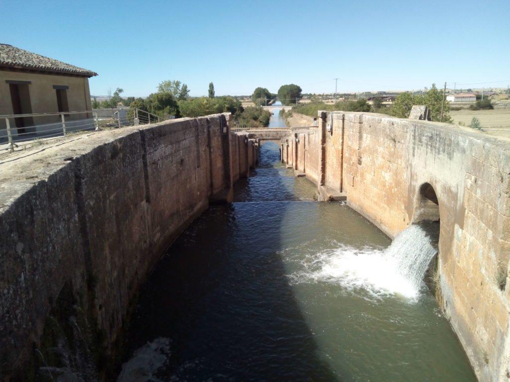 Exclusas del Canal de Castilla