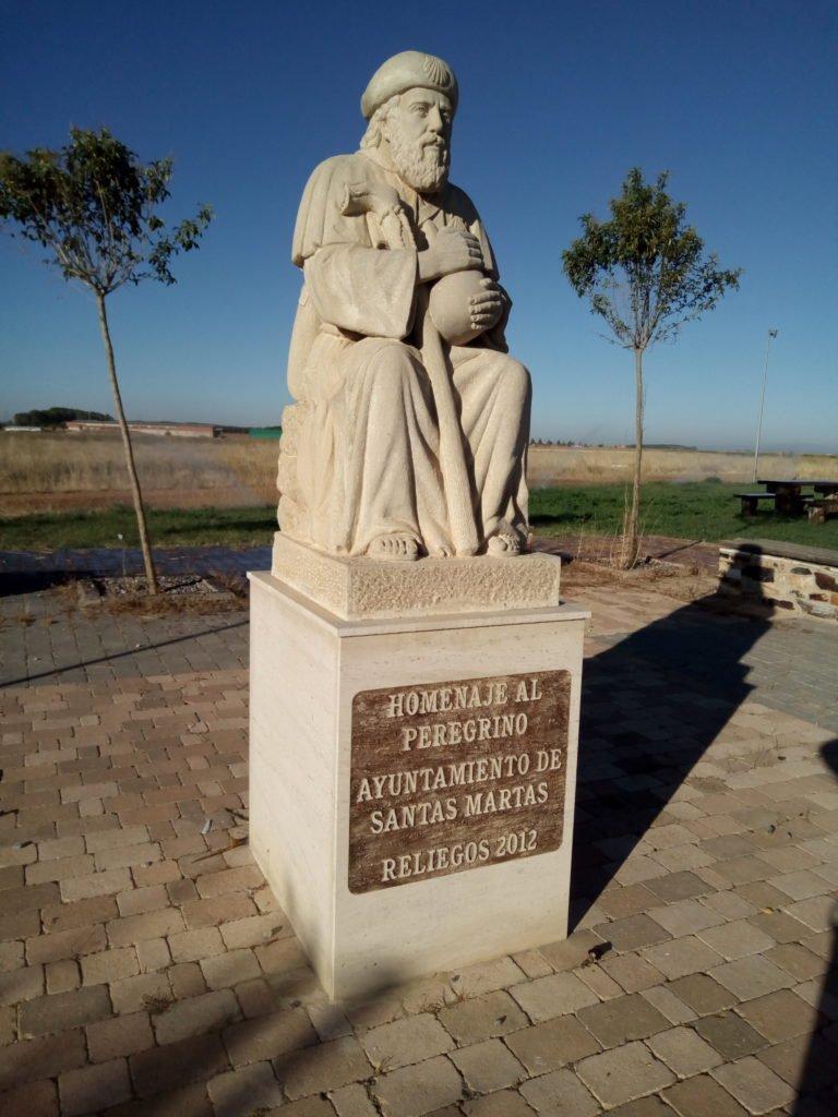 Homenaje al peregrino en Reliegos