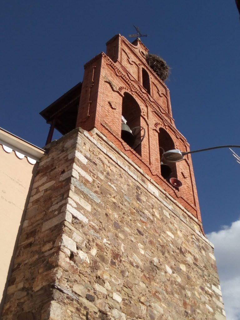 Espadaña de la iglesia de San Martín del Camino