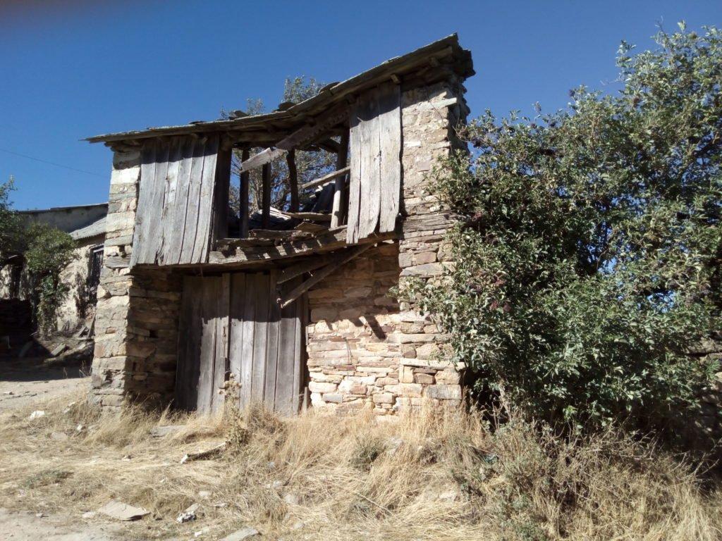 Casa en ruinas en Fondebadón