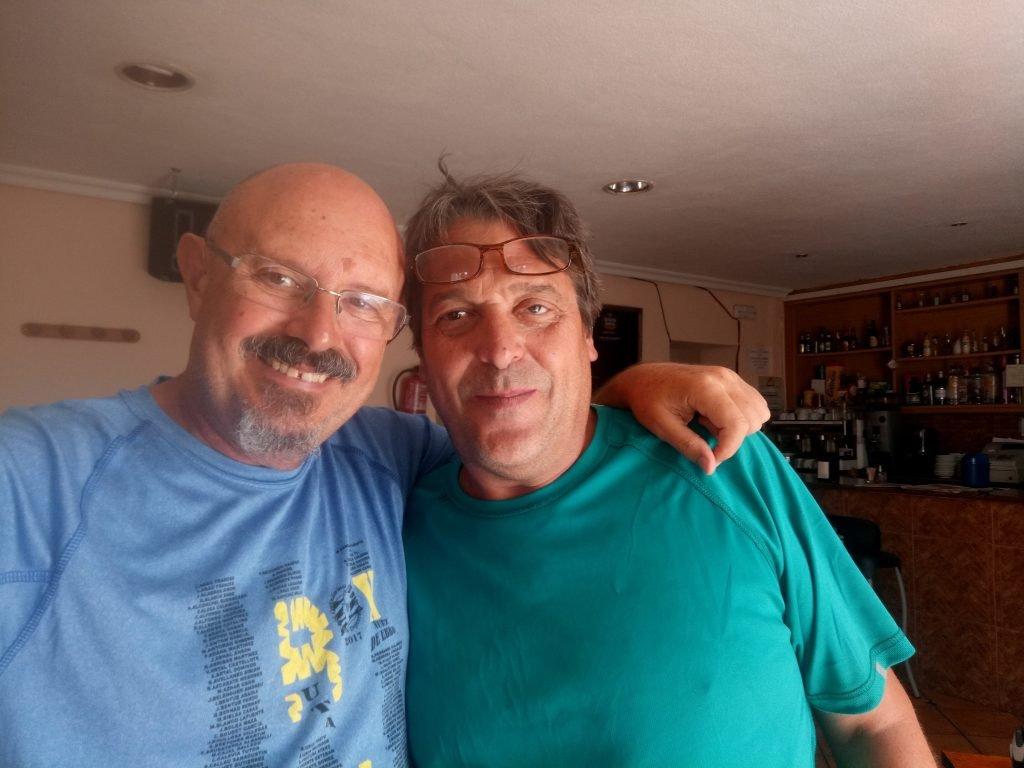Con Pepe, el amigo de Miguel Cihuelo. Valdesalor