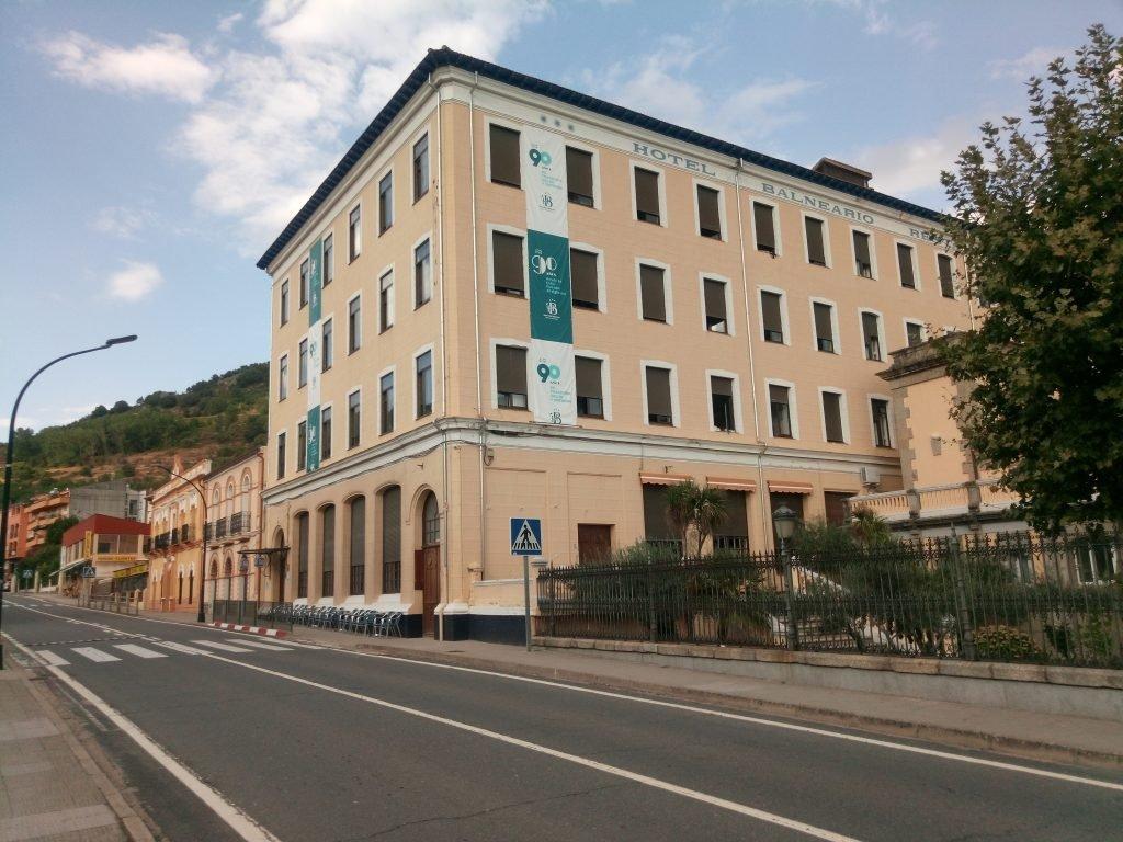 Hotel de Balneario de Baños de Montemayor