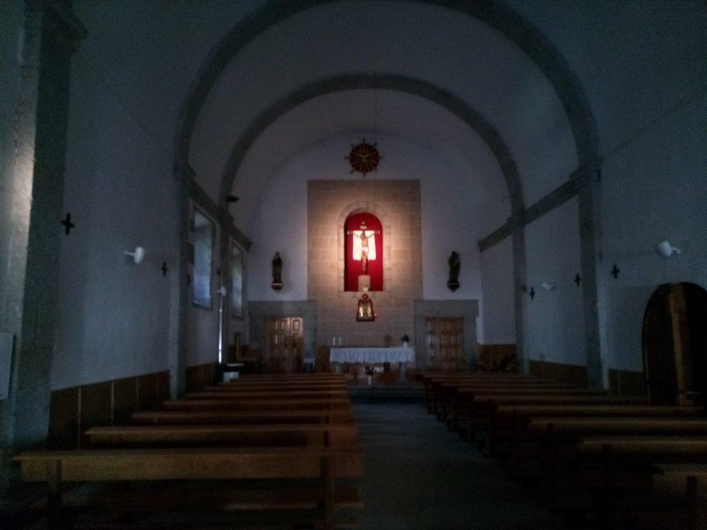 interior de la Ermita de Fuenterroble de Salvatierra