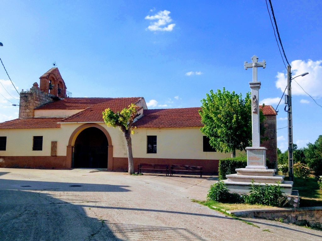 Iglesia, crucero de el Cubo del Vino