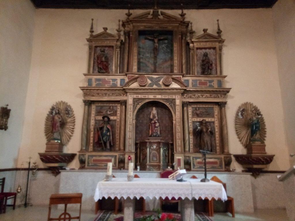 Altar de la iglesia de Mombuey
