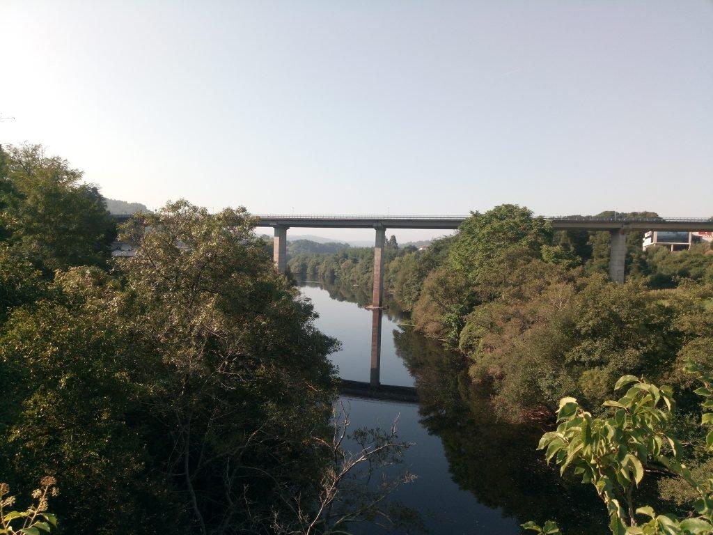 Puente sobre el río Ulla, en Ponte Ulla