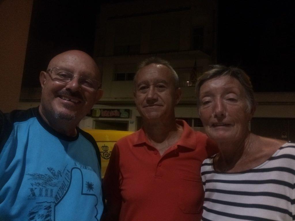 Con mis amigos Julia y Rafael en San Carlos de la Rápita