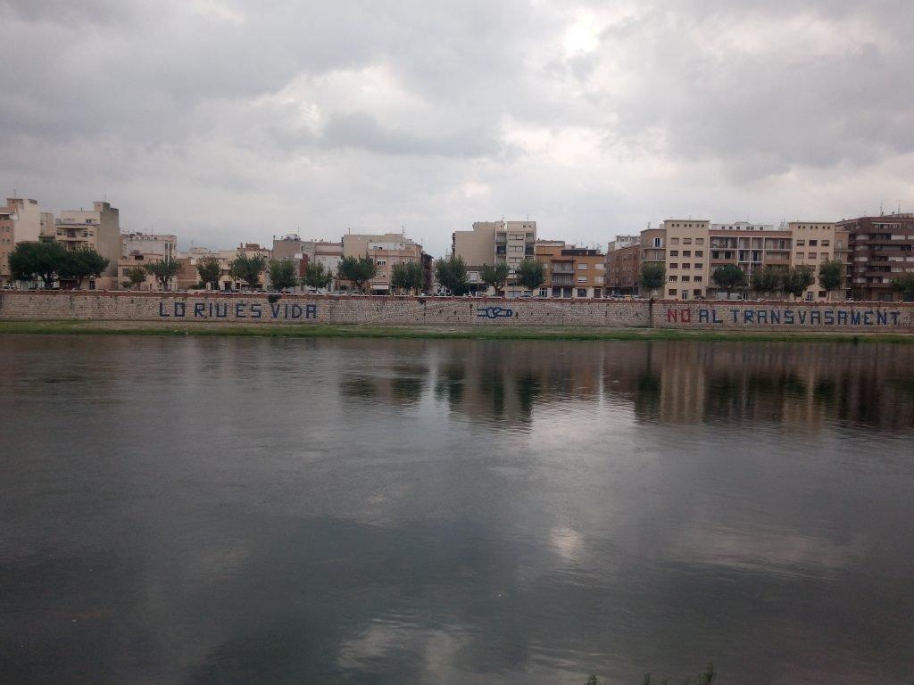El Ebro pasando por Tortosa
