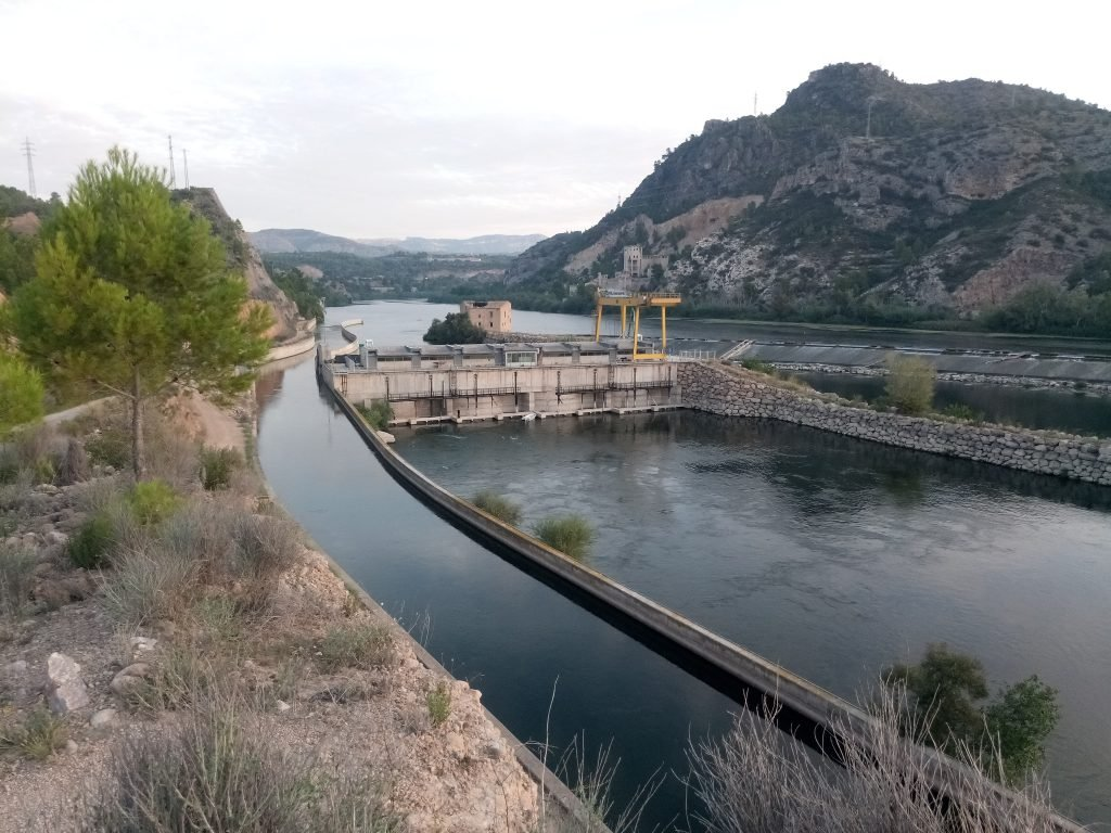 Así nace el canal de la derecha del Ebro