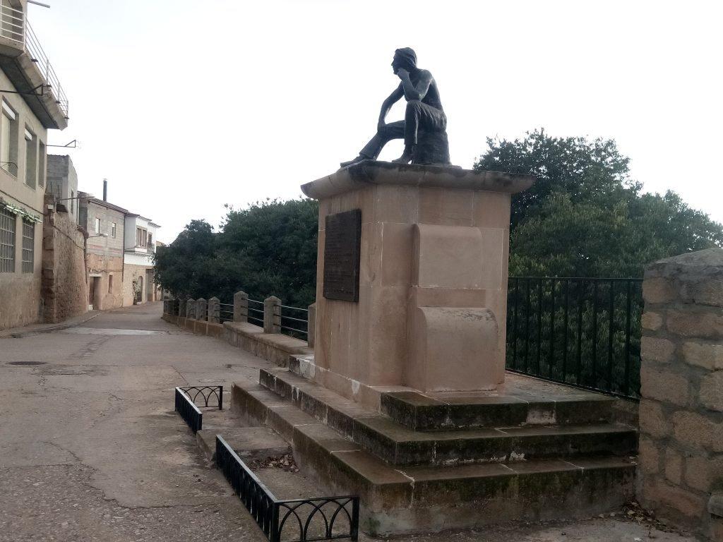 Monumento a los caídos en la guerra civil. Fabara