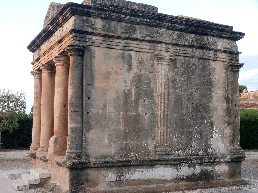 Mausoleo de Fabara