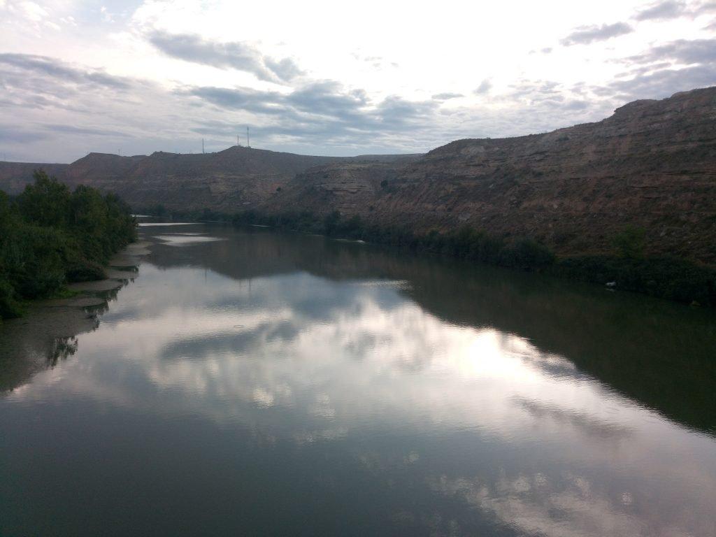 El Ebro desde el puente de Sástago