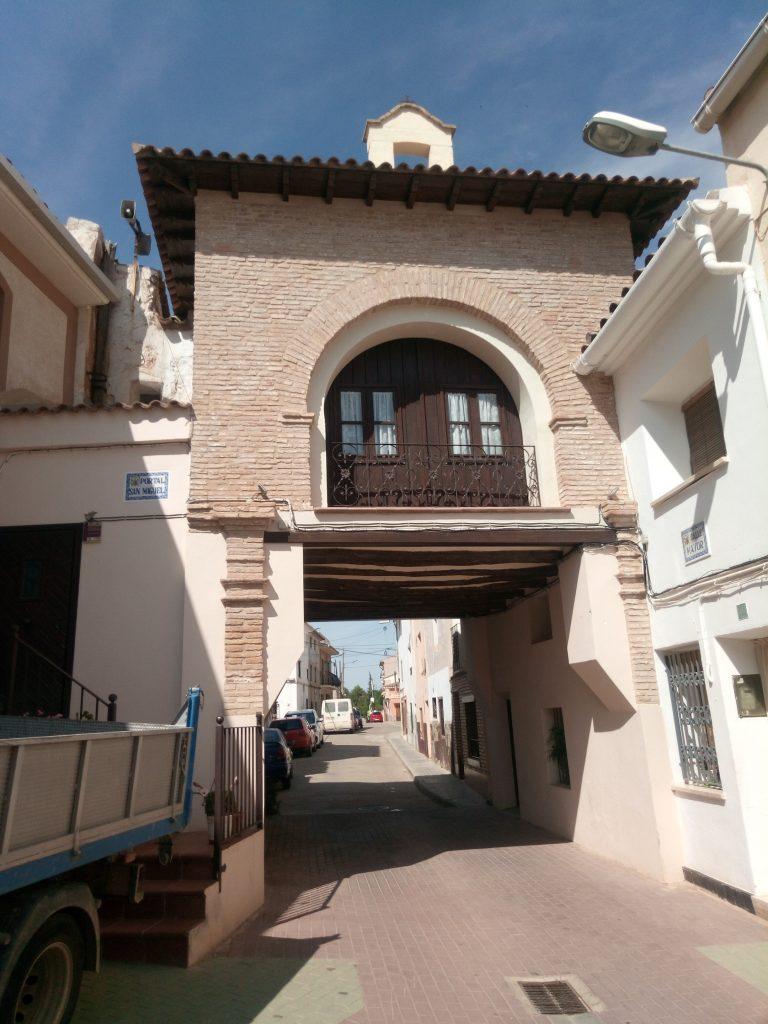 Otro de los tres portales de Quinto de Ebro
