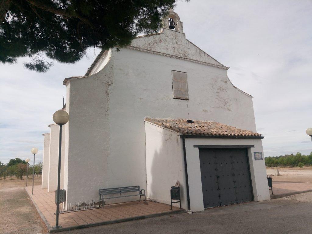 Ermita de Nuestra Señora de Zaragoza la Vieja, ya en el Burgo de Ebro.