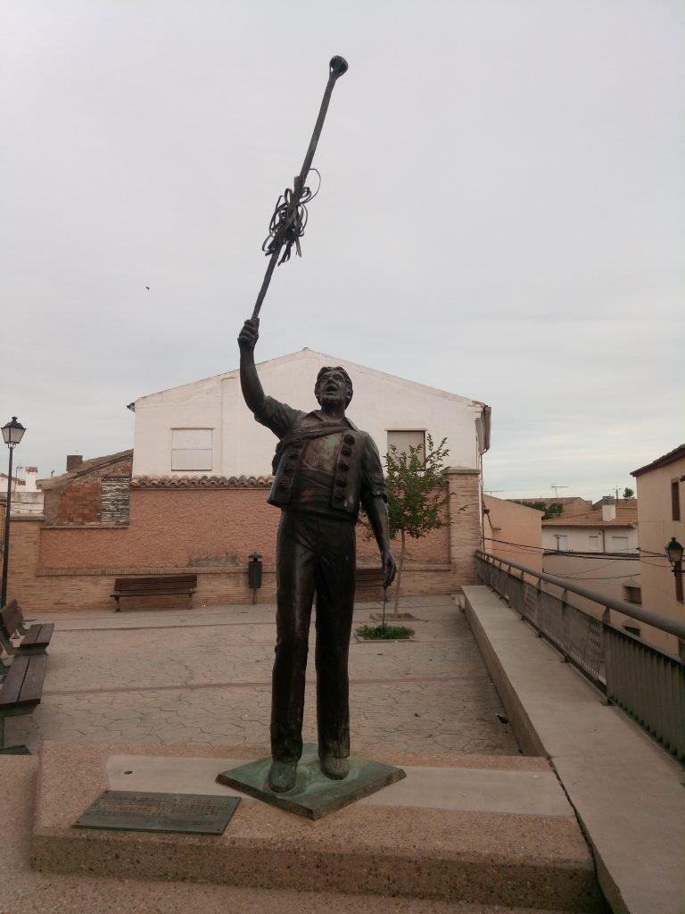 Monumento a Los Danzantes de Gallur