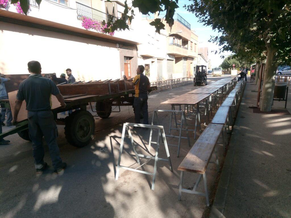 Rincón de Soto en fiestas. Preparando paellada.