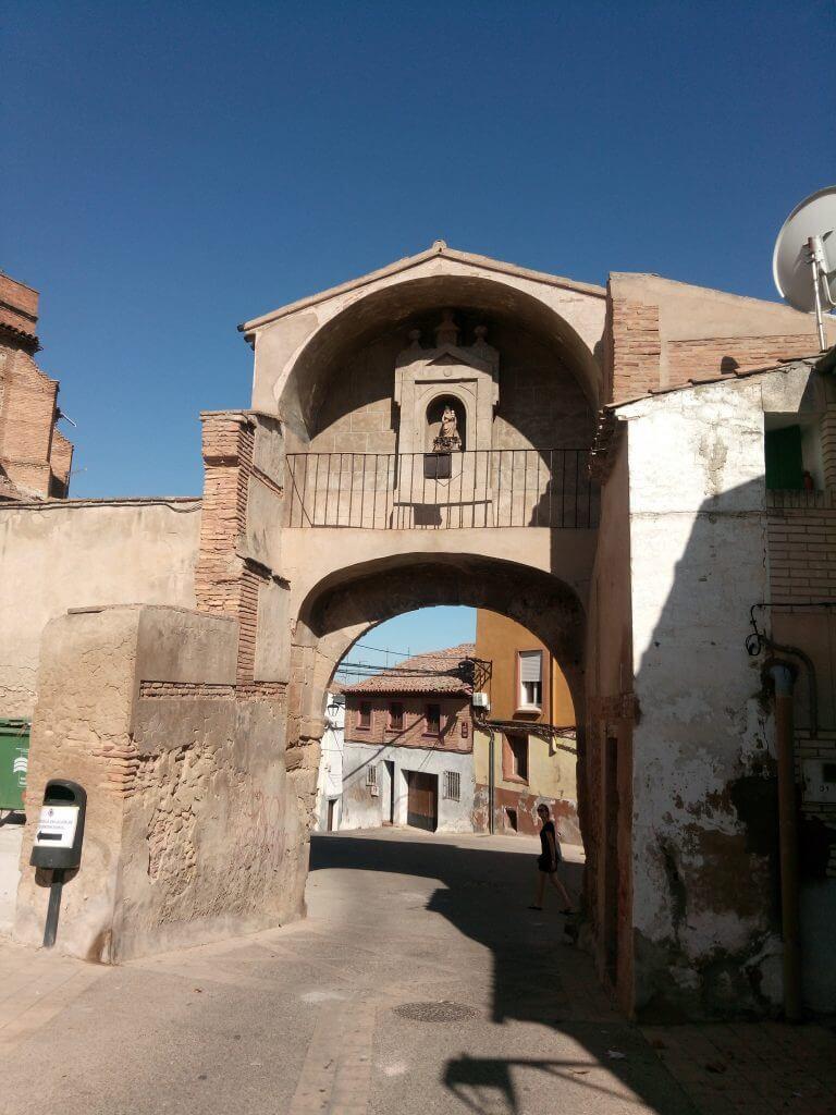 Arco del Planillo de San Andrés. Única puerta de entrada a Calahorra que aún se mantiene en pie.